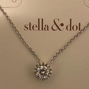 New Stella & Dot Duchess Pendant Necklace